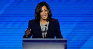 Is Kamala Harris still campaigning?