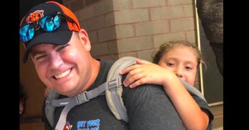 Kentucky Teacher Applauded for Carrying Student With Spina Bifida on Back During Field Trip