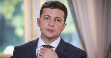 Ukrainian president Volodymyr Zelensky is also a former TV star facing scandal