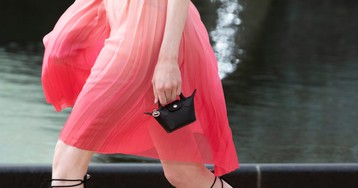 We Can't Seem to Escape the Damn Tiny Bag Trend