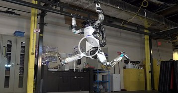 Oh Good, Boston Dynamics Has Robots Doing Parkour Now