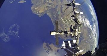 Россия сокращает полеты «Союза» к МКС из-за американских кораблей