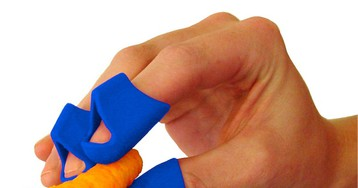Finger covers for eating messy or sticky food with your hands