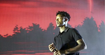 Rapper 21 Savage: Young Illegal Immigrants 'Should Automatically Become Citizens'
