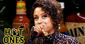 Liza Koshy talks celebrity encounters while eating spicy wings on 'Hot Ones'