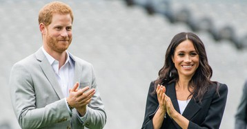 Prince Harry & Meghan Markle Are Reportedly 'Considering' A Move To CANADA?!