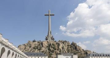 """El Valle de los Caídos """"es una tumba en la que cagarse"""": el documental de la BBC sobre la arquitectura de Franco"""