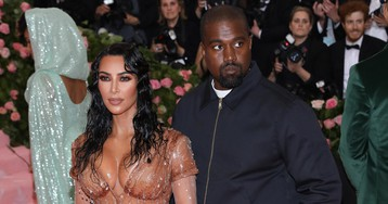 Kim Kardashian FINALLY Puts Kanye West In His Place!!! You GO GIRL!