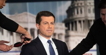 Pete Buttigieg Ad Reaches for Voters in Decaying 'Rust Belt'