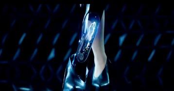 Протез ноги с катушкой Теслы использовали в рекламе нового Rolls Royce