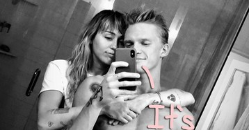 Lindsay Lohan Walks Back Her Shady Call-Out Of Miley Cyrus & Cody Simpson!