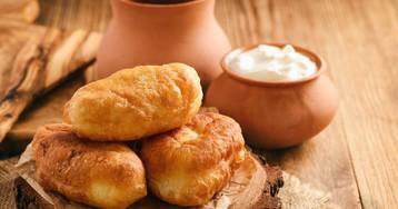 Жареные пирожки на кефире с картошкой и грибами