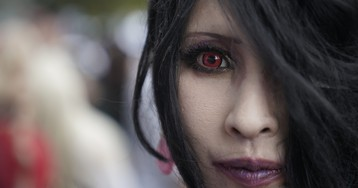 Halloween costume contact lenses aren't just scary—they're dangerous