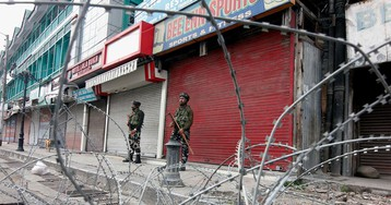Indian Kashmir No Longer a State as Autonomy Formally Ends