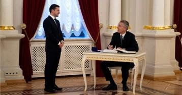 """""""Вам 42 и вы не лох?"""". Зеленского высмеяли за фото с генсеком НАТО"""