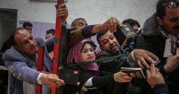Fuga desesperada de una franja de Gaza apenas habitable