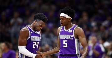 Raptors won't let up on slumping Kings