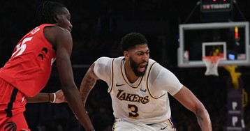 AD still dealing with shoulder injury: 'Never a play I don't feel it'