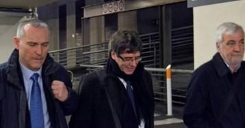 La Fiscalía acusa a Buch de pagar con dinero público la escolta de Puigdemont en Bélgica