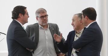 Las eléctricas recelan de que el pacto dé competencias energéticas a Podemos