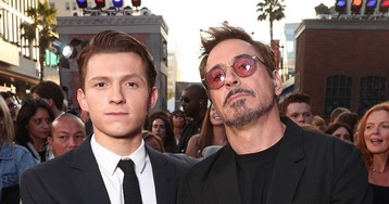 There's a Different Version of Peter Parker and Tony Stark's 'Avengers: Endgame' Reunion