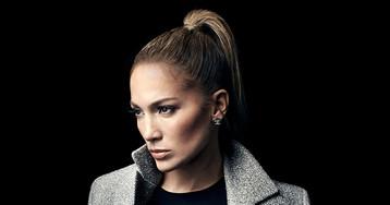Robert Pattinson Thinks Jennifer Lopez Would Make an 'Awesome' Batman