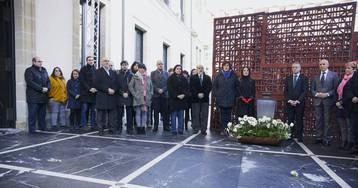 El Parlamento vasco vuelve a celebrar el Día de la Memoria sin el PP