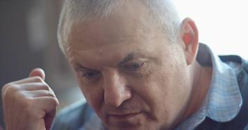 Слепоглухой профессор Суворов собирает команду разработчиков на Хакатон