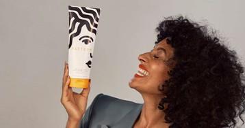 Tracee Ellis Ross lança linha de produtos para cabelos como os dela