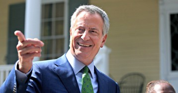Bill de Blasio to Gift 900 Freed Inmates with Mets Tickets, Movie Passes for Showing Up to Court