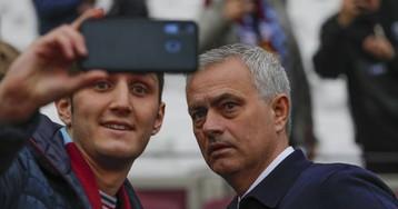 Mourinho sopla pompas de jabón en su debut con el Tottenham