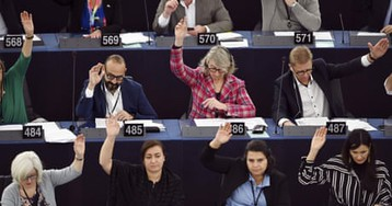 European parliament declares climate emergency: 'do we want to leave our children a world?' – video