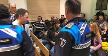 Bronca en el Ayuntamiento de El Espinar por la Ley contra la violencia de género