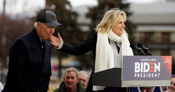Joe Biden nibbled on his wife's finger in a bizarre campaign stop moment