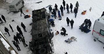 Автобус с 40 пассажирами вылетел с моста в Забайкалье (ВИДЕО)