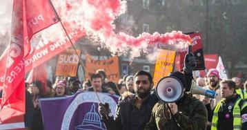 Staff warn of 'intimidatory' tactics at Liverpool University after strike