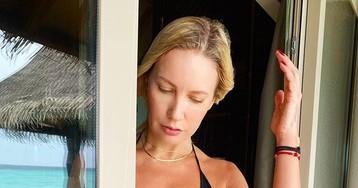 Елена Летучая показала эффектную фигуру в откровенном купальнике