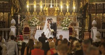 Cae la reputación social de los matrimonios católicos