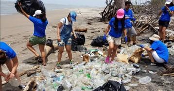 Limpiar las playas de colillas y plásticos y no comer carne para salvar a Latinoamérica