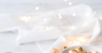 Mirror Glaze Christmas Ornament Cakes