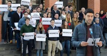 La izquierda 'abertzale' mantiene la charla de un exetarra pese a la oposición de víctimas y partidos