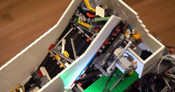 'Universal Lego Sorter' Uses AI to Recognize Any Lego Brick
