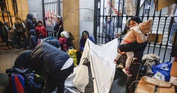 El Ayuntamiento de Madrid insta al Gobierno a pedir fondos europeos para la acogida de refugiados