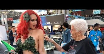 Grandma Harasses People At Comic-Con With Horrible Jokes
