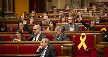 La gestión privada de servicios públicos divide al Gobierno catalán