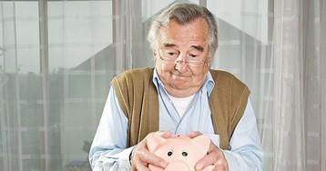 Банки не станут меньше кредитовать пенсионеров из-за запрета взыскивать долги