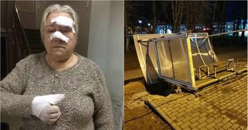 В больнице отказались принять пенсионерку, на которую упала крыша остановки