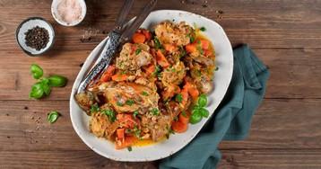 10 рецептов сочного и мягкого кролика в духовке