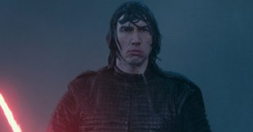 'The Rise of Skywalker' Writer Explains Why Kylo Ren Has His Helmet Back
