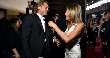 Jennifer Aniston descreve como 'doce' gesto de Brad Pitt no SAG Awards